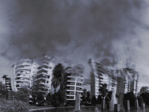 Katı Olan Her Şey Buharlaşıyor - Marshall Berman Kitap İnceleme